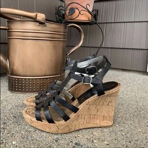 MARC FISHER | Camberly Multi-Strap Wedge Sandals